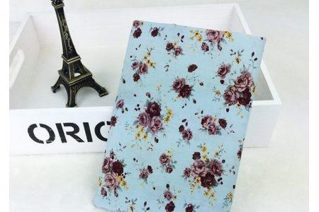 Ткань цветочное ассорти розы разные на голубом