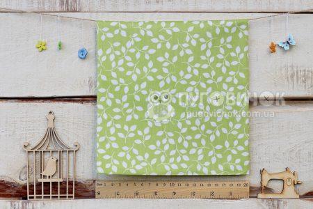 """Тканина """"Листки білі"""" на зеленому"""