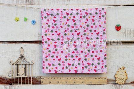 """Тканина """"Полуниця і квіти"""" на рожевому"""