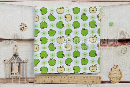 """Ткань """"Яблоки зеленые на белом"""""""