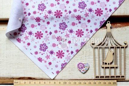 """Фетр м'який з візерунком """"Квіти фіолетово-рожеві на білому"""""""