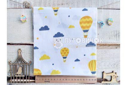 """Ткань польская """"Воздушные шары и облака желто-серые"""" на белом"""
