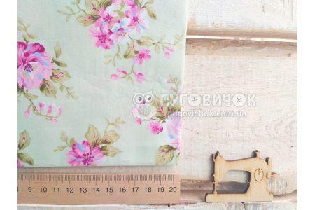 """Ткань """"Цветы розы розовые"""" на светло-зеленом"""