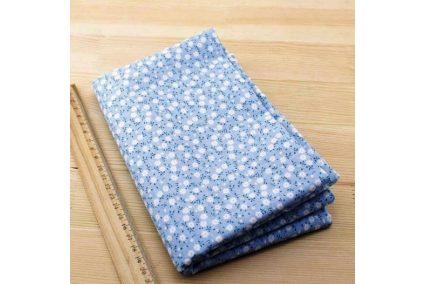 Тканина блакитна асорті 50*50см квіти малі білі