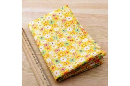 Ткань жёлтая ассорти 50*50см цветы крупные разные