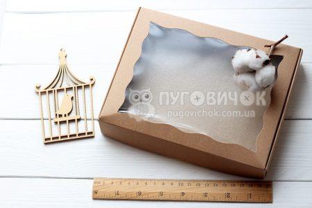 Коробка з крафт-картону з віконечком 150*200*30мм