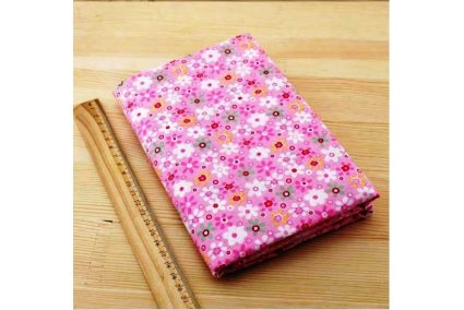 Тканина рожева асорті 50*50см квіти великі різні