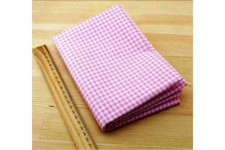Ткань розовая ассорти 50*50см клетка белая