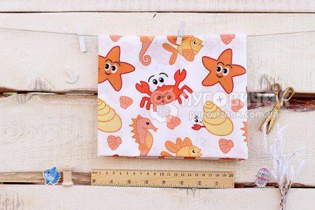 """Ткань польская """"Морские жители оранжевая: крабы, звезды, рыбы"""""""