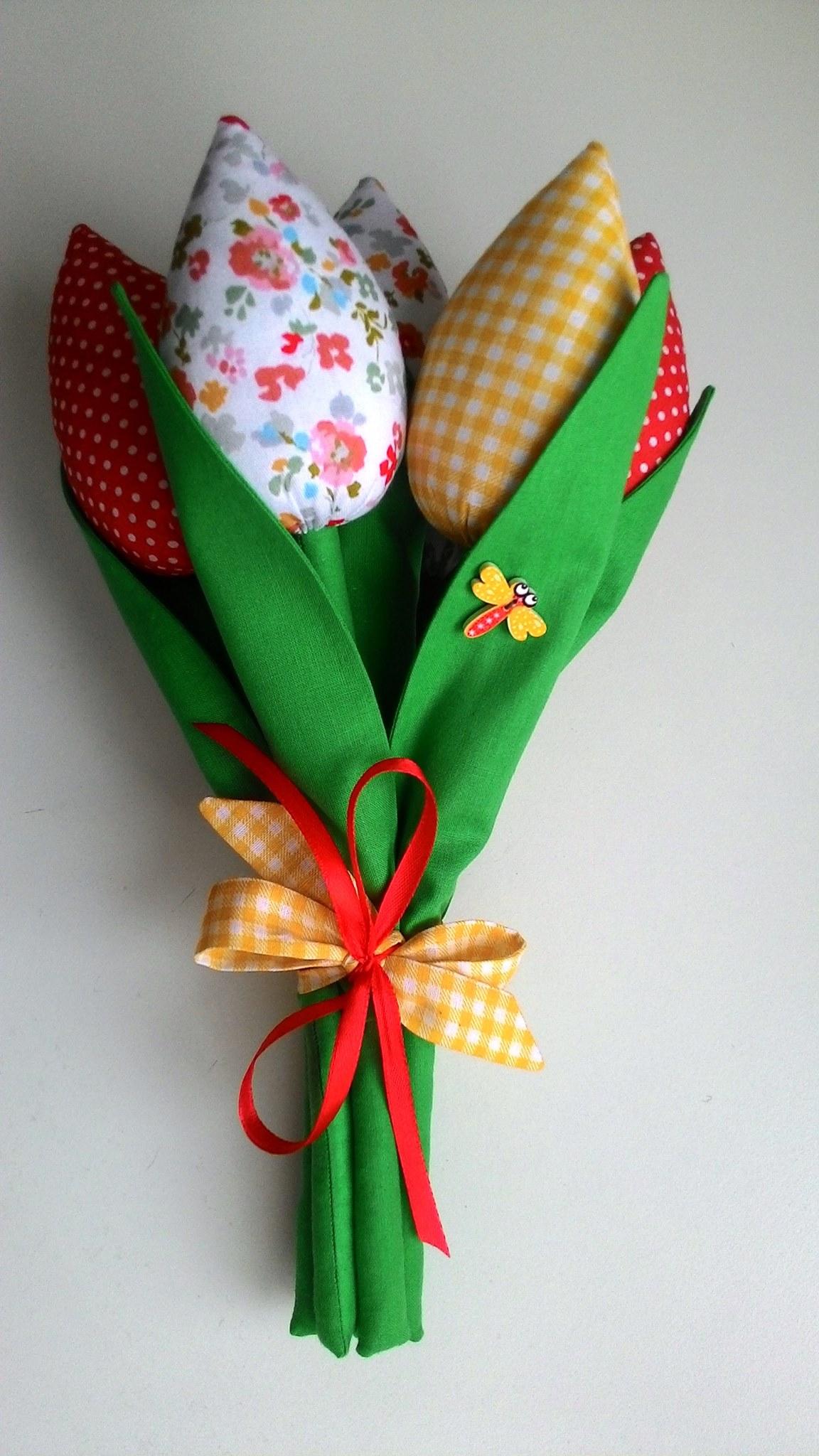 Текстильні тюльпани